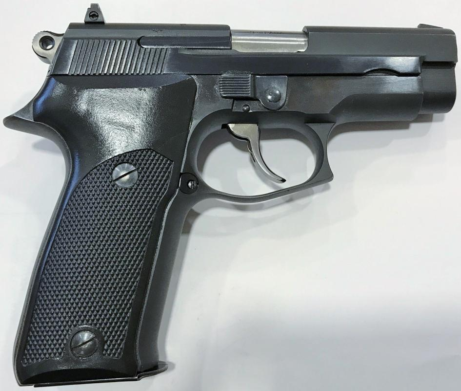 Astra A 100, 9mm Luger